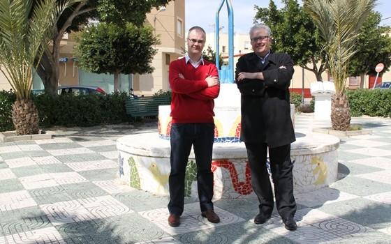 juan godoy y tomas elorrieta, en la plaza francisco velarde - copia