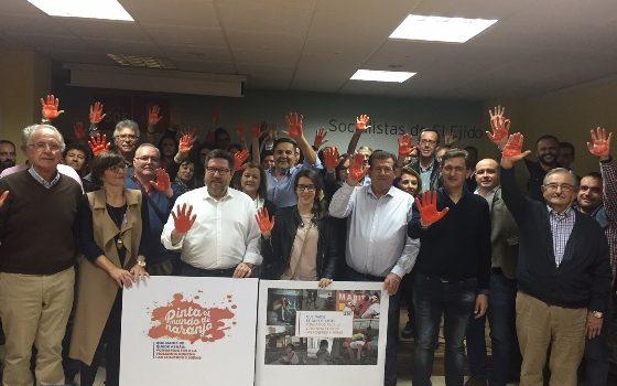 socialistas sumandose en el ejido a la campaña de la onu contra la violencia de genero