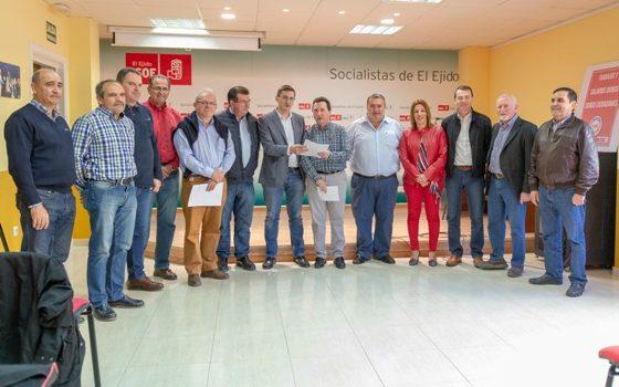 180503 Foto PSOE reunión Mesa del Agua 2(1)