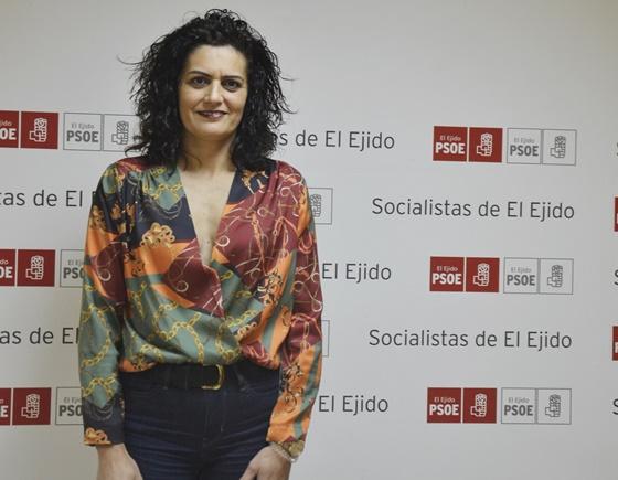 El PSOE de El Ejido rechaza la adjudicación de la concesión del transporte urbano y la Estación de Autobuses al no integrar a todos los núcleos