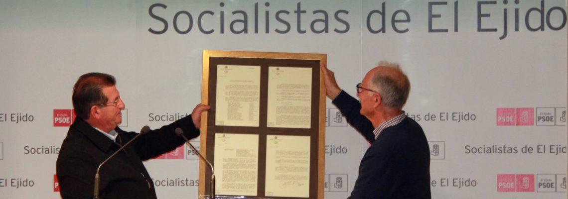 La Agrupación Socialista de El Ejido reconoce la figura y trayectoria de Juan Callejón