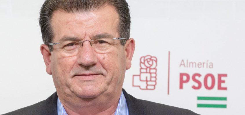 """El PSOE de El Ejido exige al alcalde que """"corte de raíz"""" las continuas salidas de tono de su socio de gobierno VOX en ámbitos tan sensibles como el movimiento LGTBI o la violencia machista"""