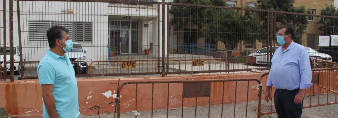 """El PSOE de El Ejido exige """"más hechos y menos palabras"""" al Gobierno de Moreno Bonilla en cuanto al mantenimiento e inversión en los centros educativos del municipio"""