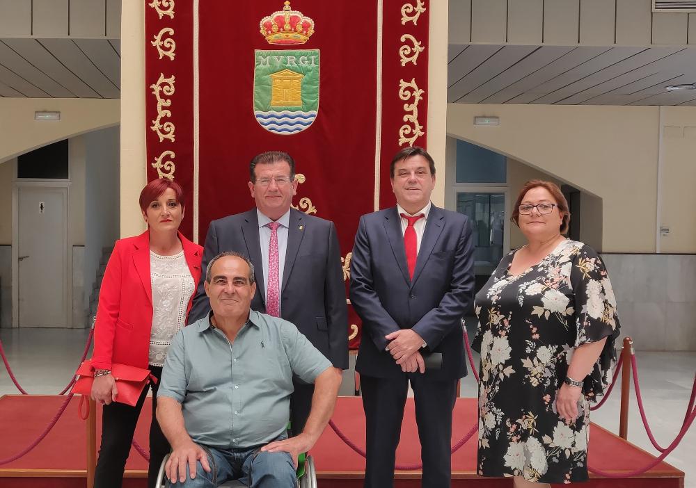 El Grupo Socialista abre una mesa de diálogo institucional permanente con el Gobierno local para contribuir a la gobernabilidad de El Ejido
