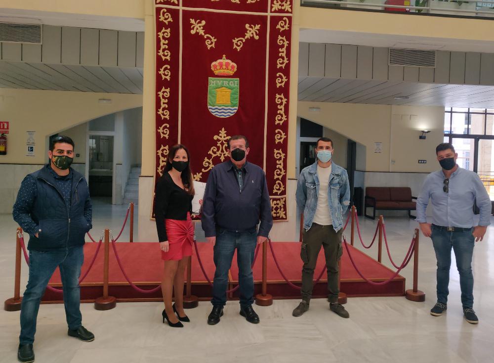 El PSOE de El Ejido media entre el Gobierno local y la Asociación de Empresarios Feriantes de Almería y Provincia para buscar alternativas ante la parálisis de su actividad