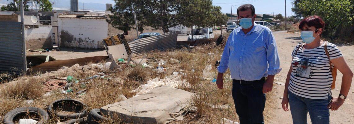 El Grupo Socialista en El Ejido lamenta que el Gobierno local del PP devuelva casi 50.000 euros de una subvención para atender necesidades básicas en asentamientos chabolistas