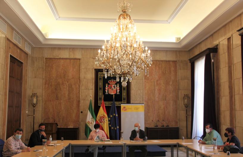 El PSOE de El Ejido propicia una reunión entre Subdelegación, Costas y Ayuntamiento para abordar la regresión que sufre la costa de Balerma